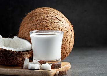 Coconut (Cocos nucifera L.: Arecaceae): In health promotion and disease prevention